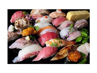 安定企業が運営する回転寿司店
