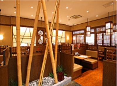 北海道から福岡まで、全国で20店舗以上を展開する和食店です。