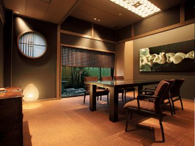 約70年の歴史をもつ和食店で、これまでの経験を活かしませんか。