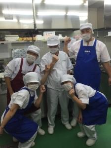 西宮工場/給食委託サービスの「第一食品」でアルバイトしませんか。女性・主婦が活躍中の職場です♪年齢不問、シニア層も応援◎シフト相談もお気軽に。料理が好きな方歓迎