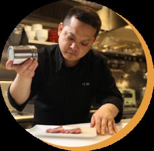 焼肉業界をリードする「ショウアングループ」で、店舗スタッフ(店長候補)としてご活躍を!