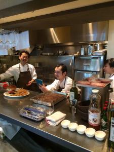 L.A.の有名パティシエとシェフによる、西海岸のアメリカンダイナー。調理スタッフとしてご活躍を!