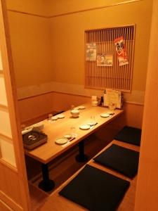 落ち着いた個室も完備。ちょい呑みから宴会、合コンなど、幅広い用途でご利用いただいております。