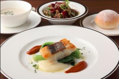 有名ホテル直営のカフェレストランで洋食メニューの調理をおねがいします