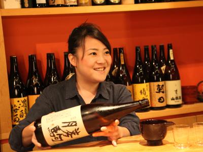 銀座で15年。日本酒専門店でサービススタッフとして活躍を