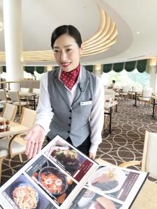 茨城県・栃木県・千葉県内のゴルフ場・クラブハウス内のレストランのホールスタッフを募集♪