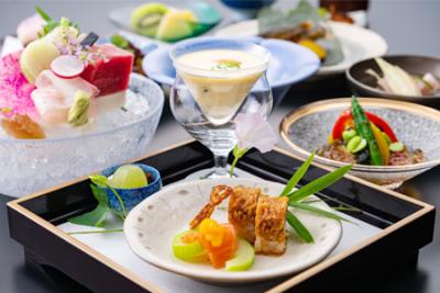 地産地消にこだわり、信州松本で厳選した食材だけを使用してメニューをつくっています。