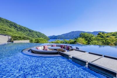 「箱根・芦ノ湖 はなをり」は芦ノ湖の自然と温泉が楽しめる癒しの温泉旅館です