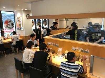 最近では海外からのお客様も多く、運営も順調!人員が整い次第、次の出店も考えています