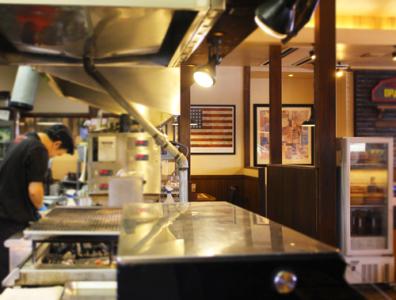 【国内115店舗以上展開しているステーキハウス】滋賀県内の4店舗同時募集!