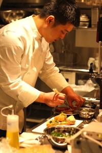 『カツキ 銀座本店』『kitchen stage 伊勢丹 新宿店』で調理スキルを学びませんか?