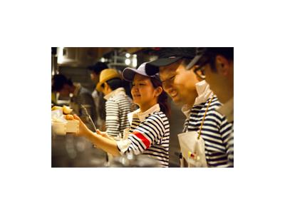 東京都内で焼肉店や居酒屋など、6業態27店舗で店長候補を募集!
