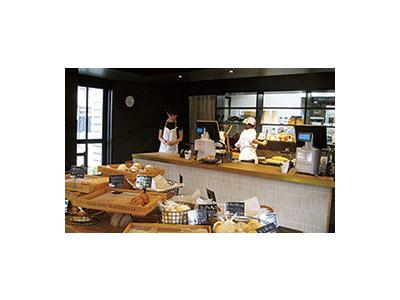 東三河に直営店舗11店展開する当社。安定企業で腰を据えて働くことができますよ◎