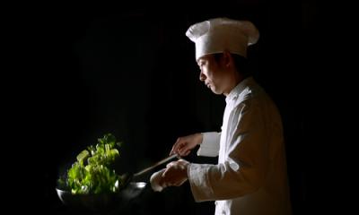 大阪府内で展開する19店舗で、調理スタッフ(料理長候補)を募集しています。