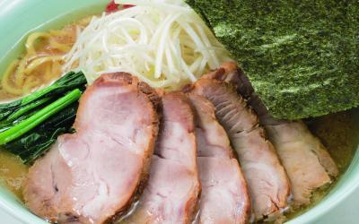 濃厚な豚骨スープが人気のラーメン店が、愛知県半田市にオープン。店長候補となるスタッフの募集です!