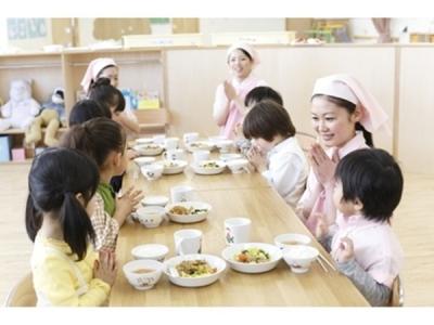 給食、離乳食、アレルギー対応食の調理、おやつの調理をお任せします!