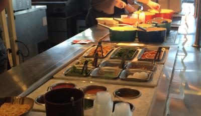 和食・洋食・中華すべての業態において、鮮度やおいしさにこだわった店舗運営をしています。