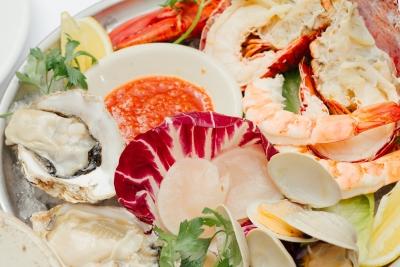 熟成肉以外にも新鮮で旬な食材を扱ってお客さまを笑顔にする料理を作ってください