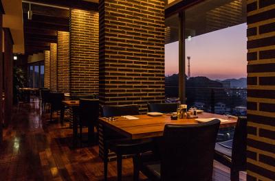昭和54年創業/糸島の食材を糸島の眺望とともに堪能できるロケーション抜群のステーキレストラン◎