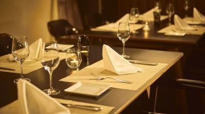 ホテルレストランならではのサービスやマナーが身につきます。
