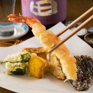 東京・立川市にある「天ぷらと寿司の店」でキッチンスタッフを募集します!