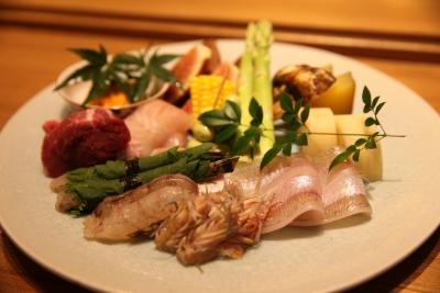 和食店での調理経験がある方は優遇します。未経験の方も挑戦可能です。イチから丁寧にお教えします。