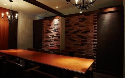 パティシエ経験を活かそう!完全予約制のステーキレストランで多彩な技術と味覚のセンスをみがきませんか。