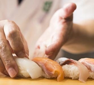 店長経験を活かし、より実践的な寿司職人を誕生させてください。