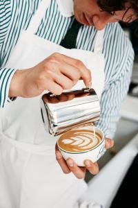 世界的アパレルブランド「RALPH LAUREN(ラルフ ローレン)」直営カフェで、新規スタッフ募集
