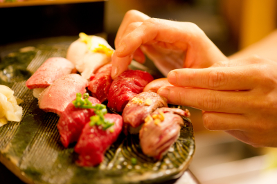 """都内に展開する""""肉×寿司""""の新スタイルのブランドでご活躍ください!"""