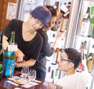コズミックホールディングスグループのオリジナリティあふれる居酒屋各店で、店長候補募集!