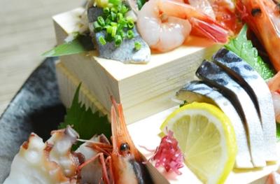 札幌市内で7店舗展開中の海鮮居酒屋での募集。料理長へキャリアアップしよう!