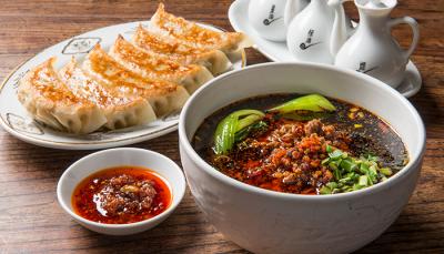 庶民的な中華料理のフランチャイズ店です