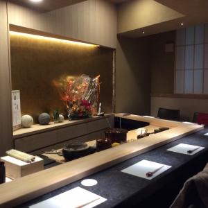 銀座の会員制の高級寿司店で、和装ホールスタッフとしてご活躍ください