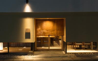 月曜定休!京都・山科で展開中の寿司店で、調理スタッフを募集中です。