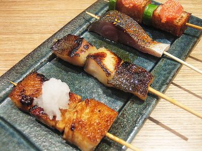 串、旬菜、土鍋を中心に季節に合った料理が自慢の和風創作居酒屋です。