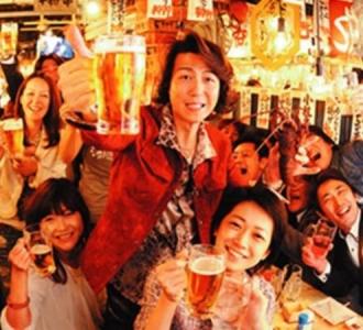 自由で独創的な考えを持つ浜倉氏の下で働く面白さは、計り知れません。