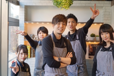 当社が横浜市内で運営している5店舗で店長候補の募集です!