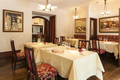 1980年創業!40年近くお客様に特別なお料理や空間を提供してきたフレンチレストランで働きませんか?