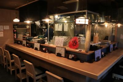 新鮮なうなぎ料理が自慢の和風居酒屋で、将来の店長としてご活躍を。