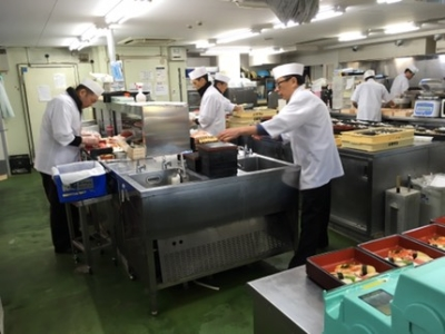 株式会社 三府フードサービス 『お届け料理 三府鮨』茨木真砂店