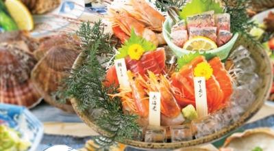 毎日仕入れる鮮魚や魚介を浜焼きスタイルで提供!