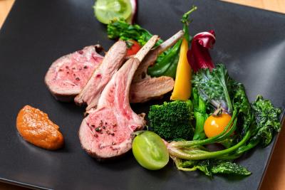 『Restaurant Solfège』では、野菜にこだわったカジュアルフレンチをお届けしています。