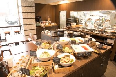 福岡市内のホテルで朝食キッチンスタッフ大募集★