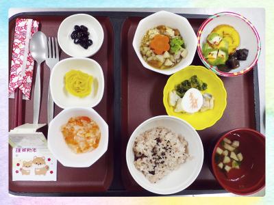 <栄養士/管理栄養士>病院や学校給食など、大量調理の経験がある方は優遇します!