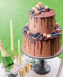 アレンジは無限!お客様のご要望に応じて、個性豊かなバリエーションのケーキをご用意してください◎