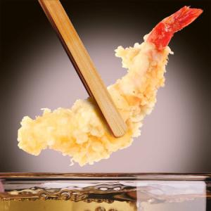 注文が入ってからお客さまの目の前で丁寧に揚げる天ぷら◎