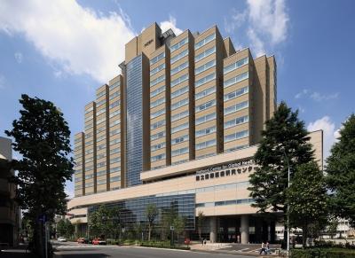東京都内にある学校・病院・保育園・福祉施設など15拠点で、調理師を募集。