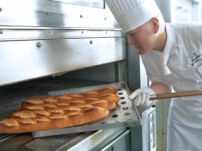 「ホテルニューオータニ博多」のベーカリー部門で、ブーランジェとしてご活躍ください