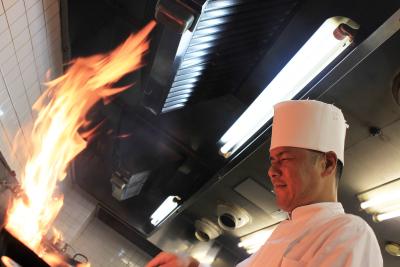 地元密着型のシティホテル内にある中華料理店『四川』で、新しいキッチンスタッフ募集!